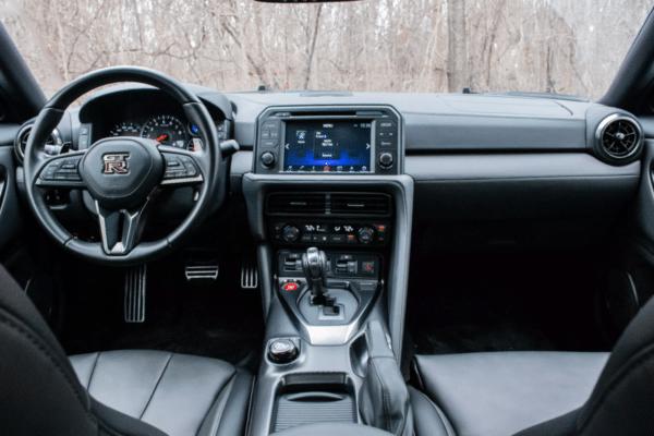 R35 Nissan Gt R Inside