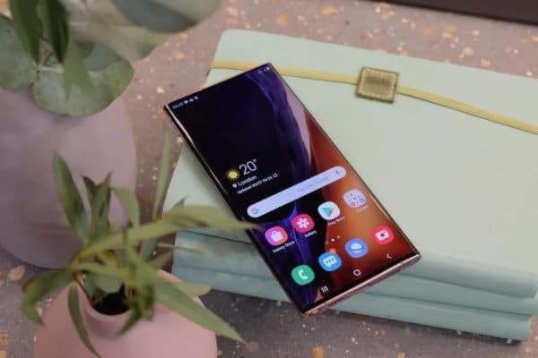 Big Screen Smartphones