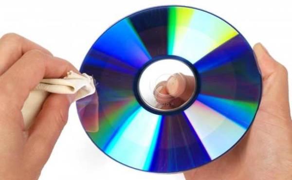 Clean Cd Disc